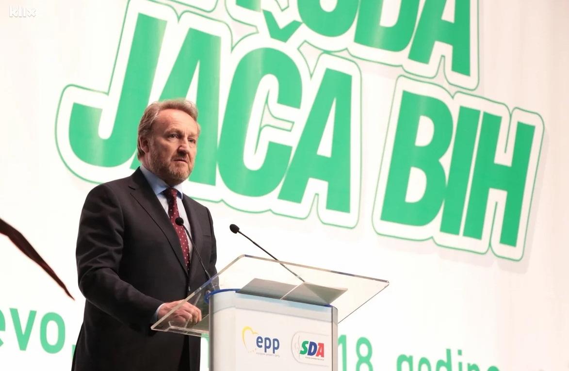 SDA: Krize će nestati kada nestane Dodika s političke scene