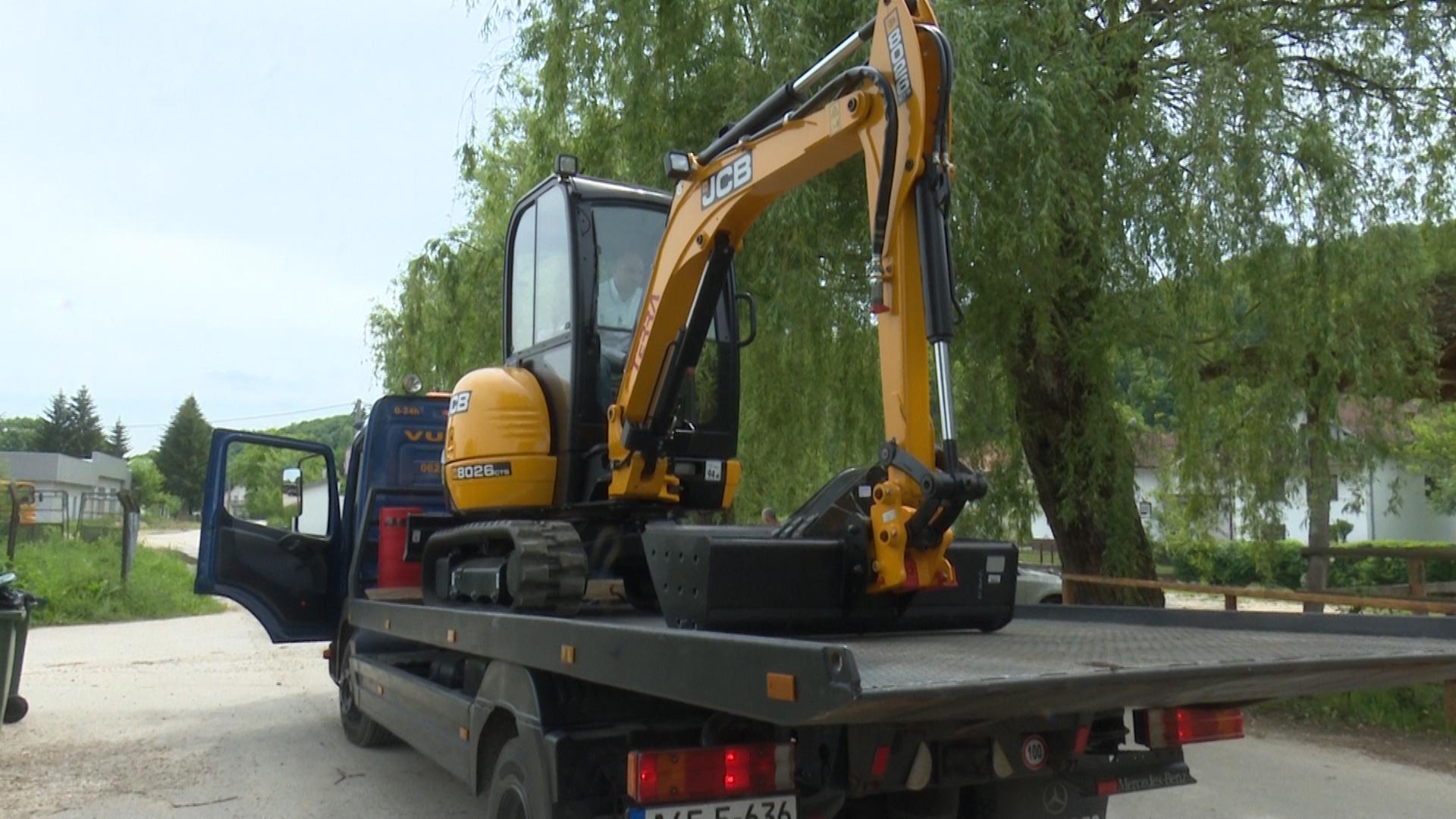 """Novo vozilo za JKP """"Vodovod i kanalizacija"""""""
