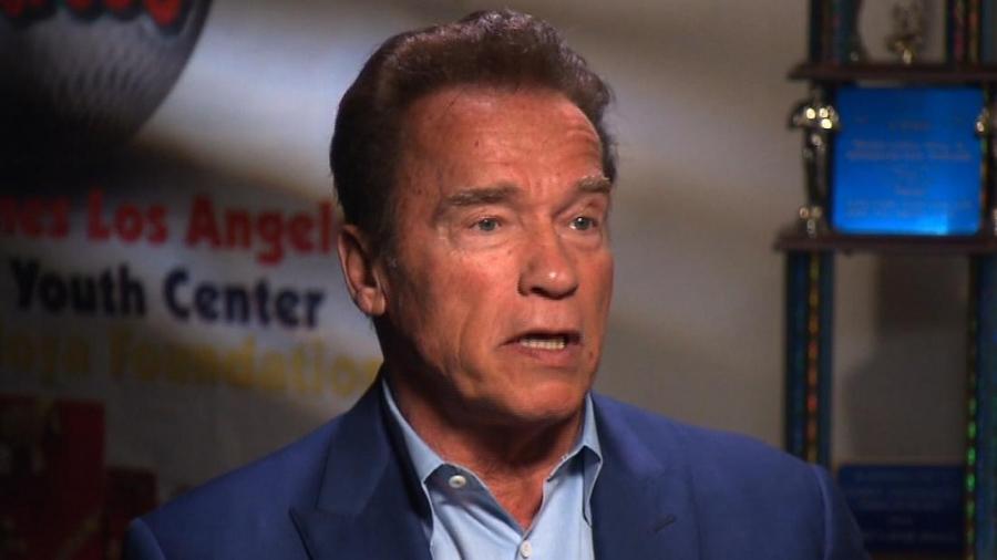 """TVOJ OTAC JE BIO ŠAMPION…"": Dirljivo pismo Arnolda Schwarzeneggera o Fikretu Hodžiću"