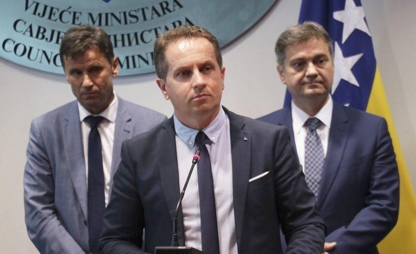 Premijer USK-a Husein Rošić: Neka Mektić otvori migracioni centar u Prnjavoru