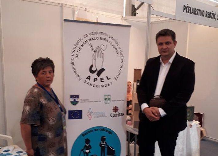 Vrijedni članovi udruženja Apel na sajmu EKOBIS u Bihaću