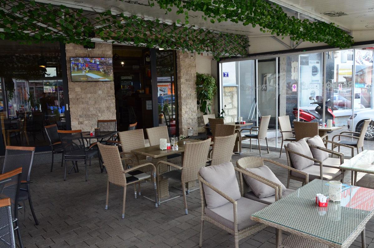 RETRO restoran u Sanskom Mostu u kojem svaki detalj priča svoju priču