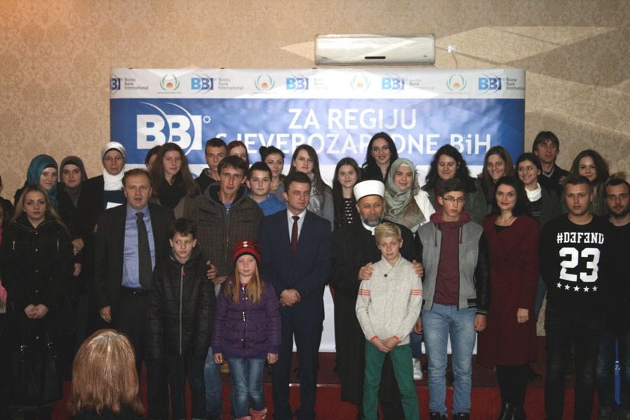 """Fond """"Sheikh Saleh Kamel"""": Objavljena imena dobitnika BBI stipendija za učenike i studente Bihaćke regije"""