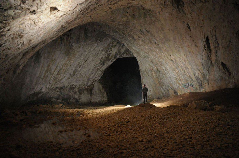 Dabarska pećina u Sanskom Mostu je jedinstven biser koji svakodnevni privlači posjetioce