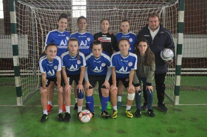 Fudbalerke Sane učestvovale na turniru sa muškim kolegama