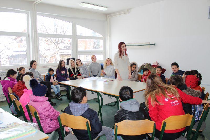 Doručak, radionice i pokloni za djecu izbjeglice