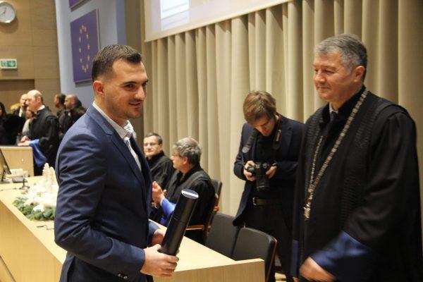 Ragib Botonjić student generacije Medicinskog fakulteta u Zagrebu