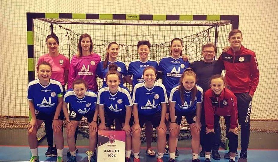 Sanjanke osvojile 3. mjesto na futsal turniru u Sloveniji
