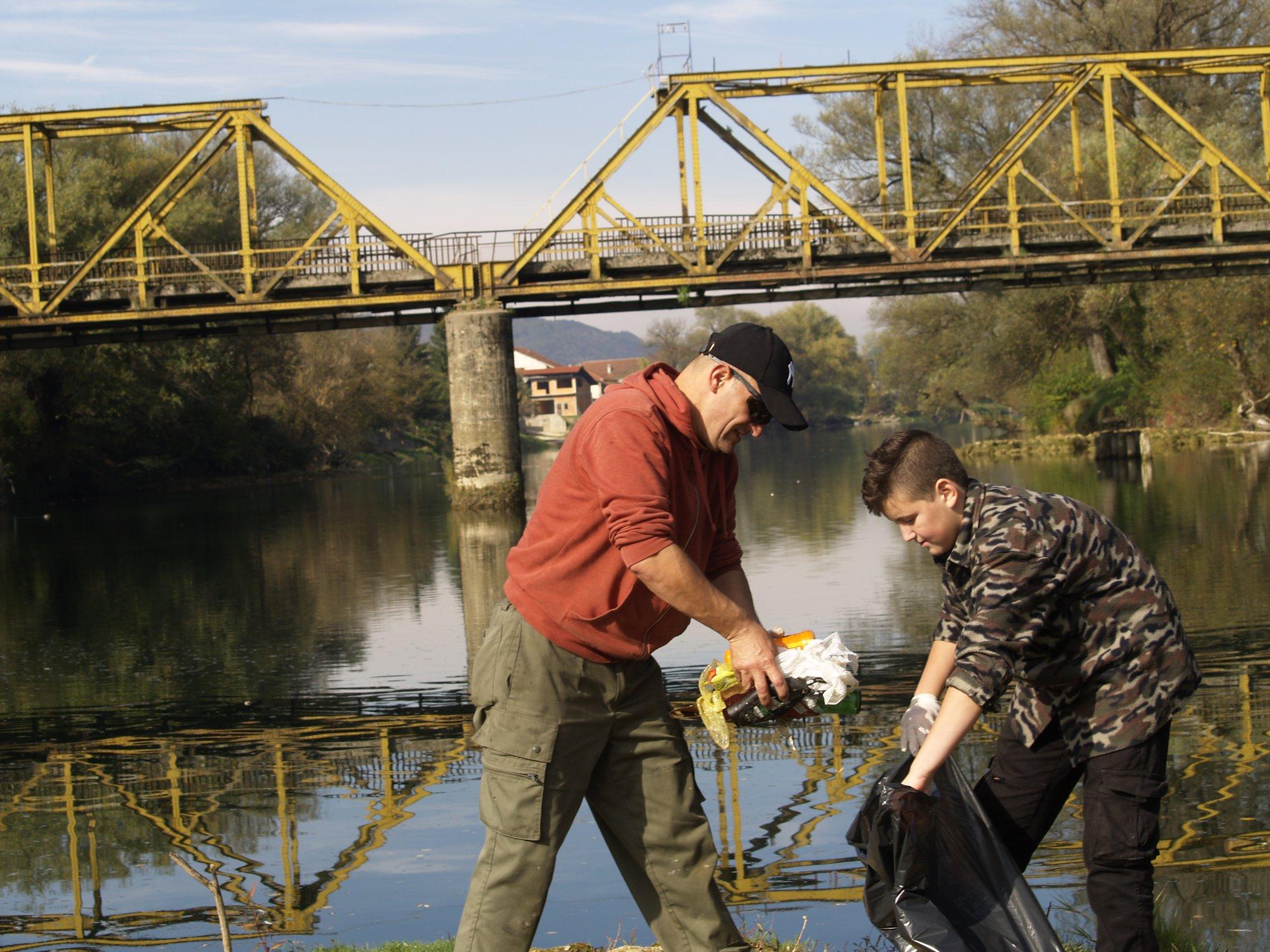 Građani traže drastične kazne za sve koji smeće bacaju u rijeku