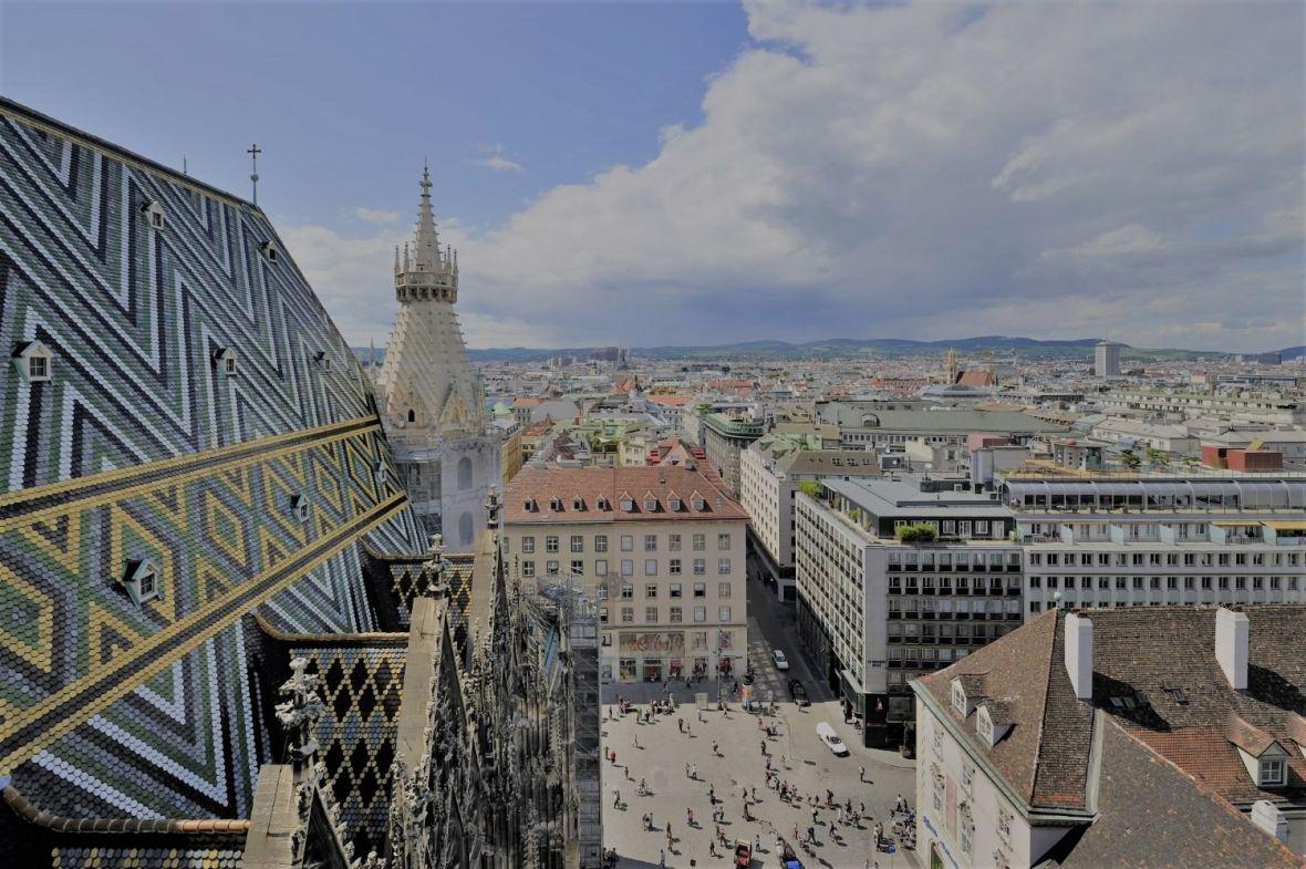 """Nakon terorističkog napada u Beču naređeno zatvaranje """"radikalnih džamija"""""""