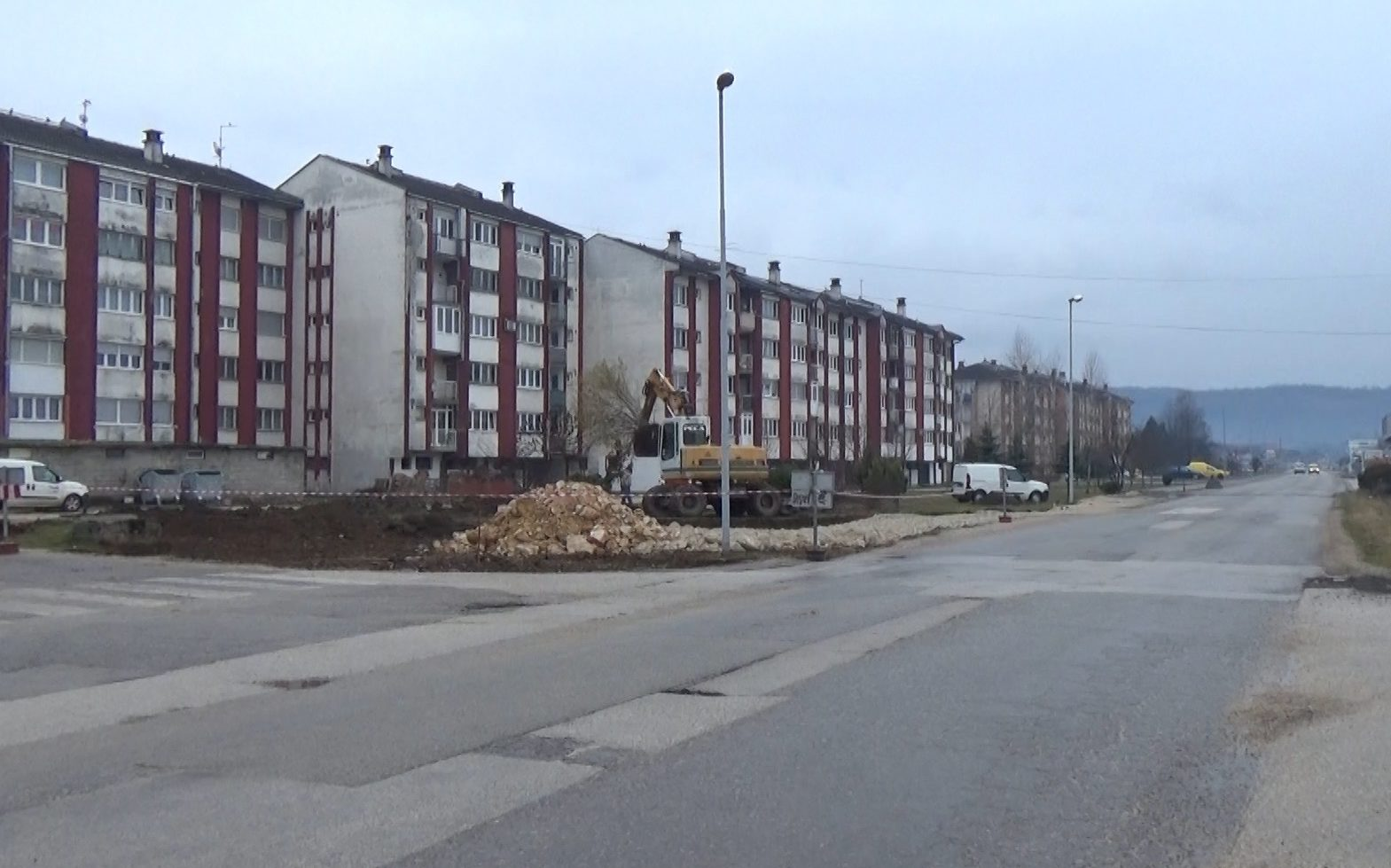 Počela izgradnja kružnog toka na Bulevaru 7. korpusa