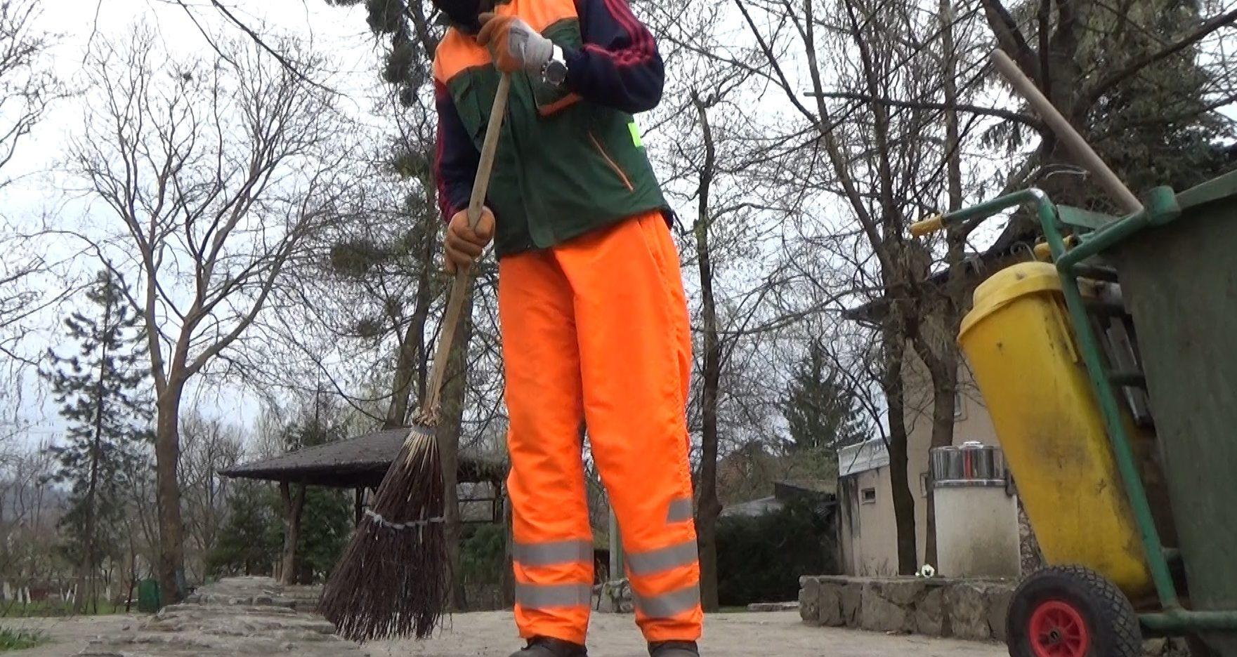 BRAVO Redovno održavaju grad čistim