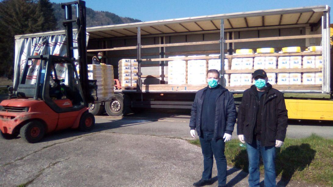 Firma MEGACENTAR kupila 12,5 tona brašna za ugrožene sugrađane