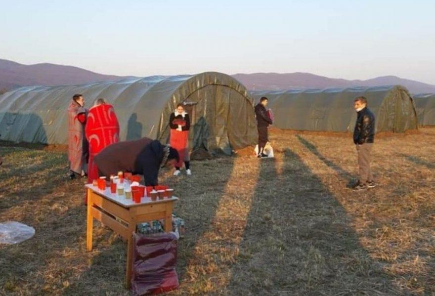 Bh. državljani iz Austrije stigli u domovinu, u šatorima jedna trudnica i djeca