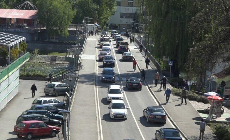 Veliki broj Sanjana na ulicama grada