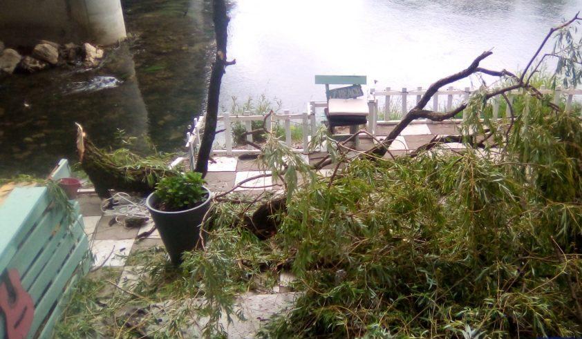 Olujno nevrijeme zahvatilo i Sanski Most