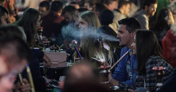 Od nedjelje dozvoljeno pušenje nargila u baštama ugostiteljskih objekata