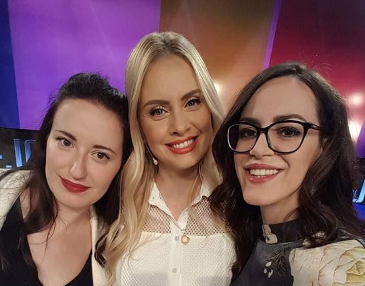 Emina Alagić u emisiji Dejana Talk Show