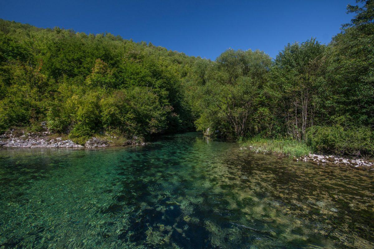 Mjesto na kojem se spajaju dva toka rijeke Sane