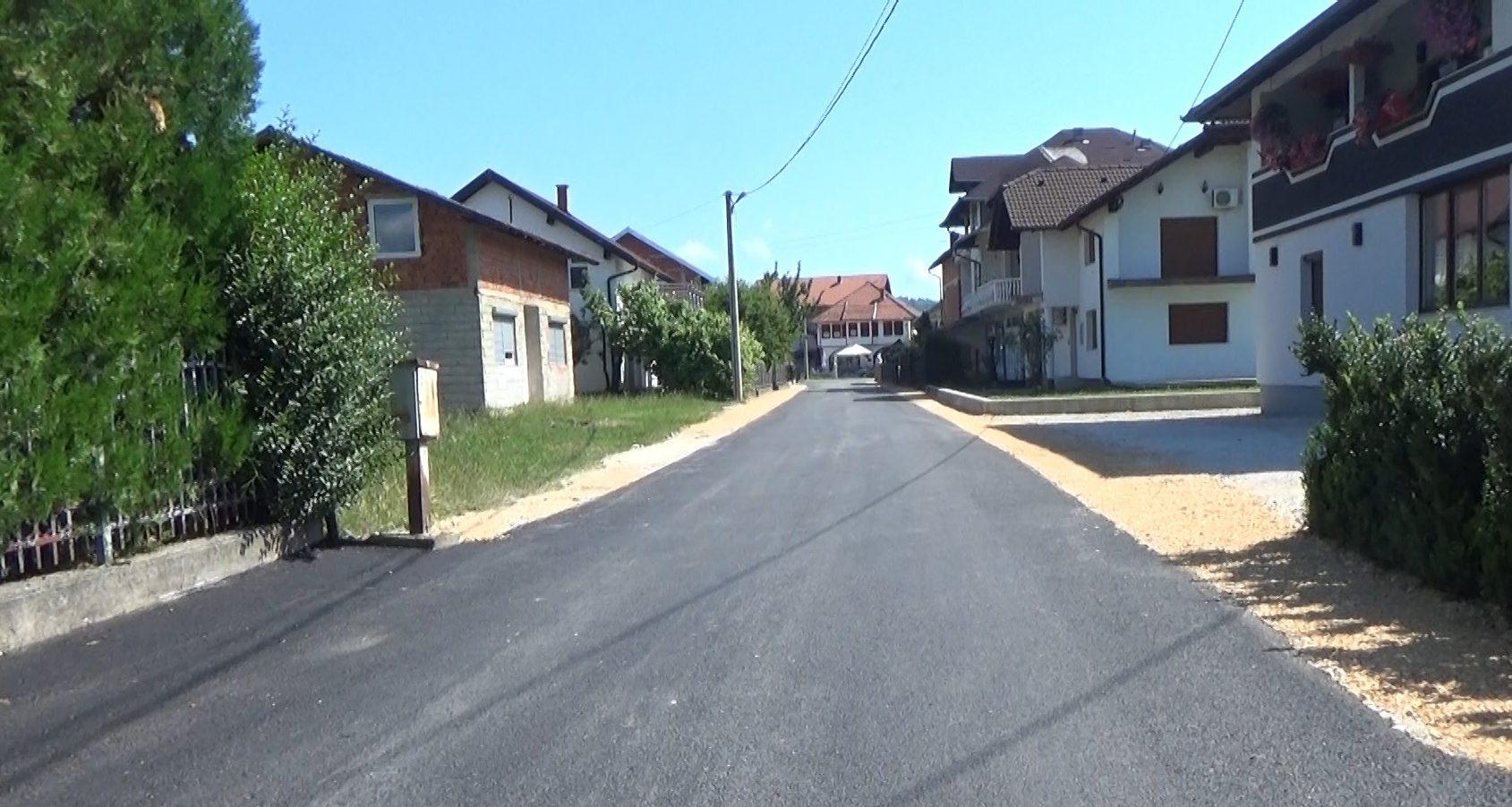 Novi asfalt u naselju Alagića polje