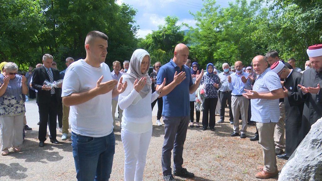 Sjećanje na stradanje logoraša u Lušci Palanci
