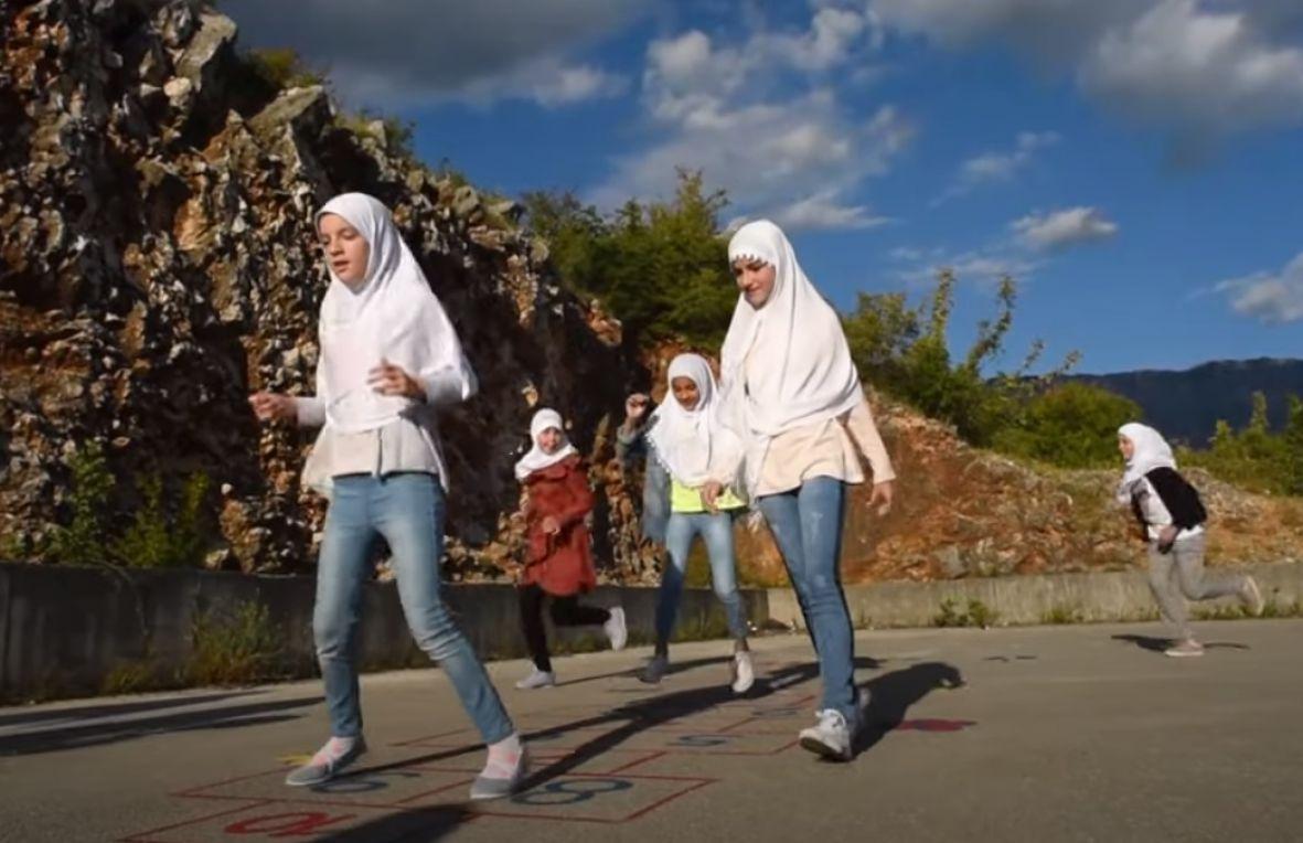Lijepa priča iz Mostara: Snimljena ilahija za gluhe i nagluhe osobe-2