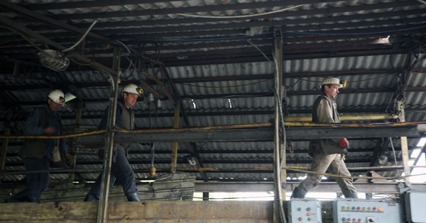 Zenički rudari danas dobili plaću, uprava podnijela neopozivu ostavku