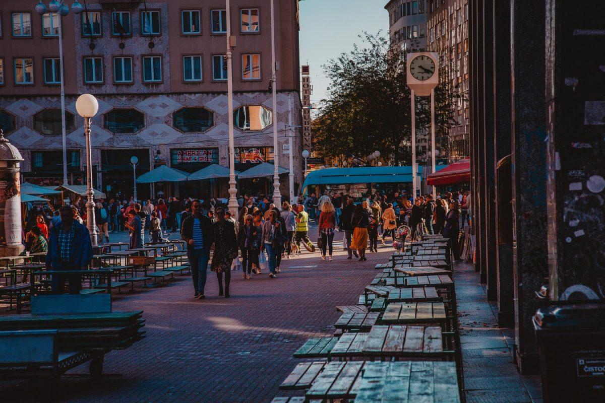 Hrvatska uvela restriktivnije mjere: Ograničena okupljanja i rad ugostiteljskih objekata