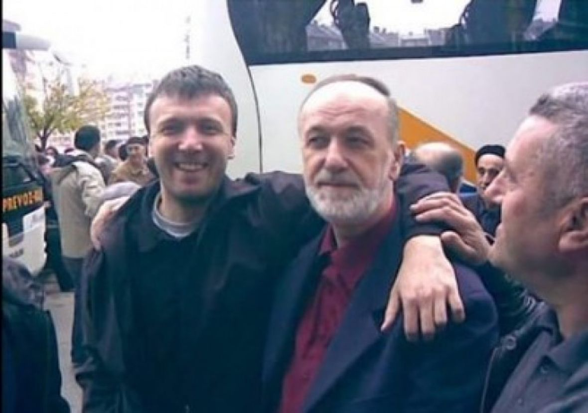 Otac i sin žrtve pandemije: Ovo je mladić koji je jutros preminuo u Sarajevu