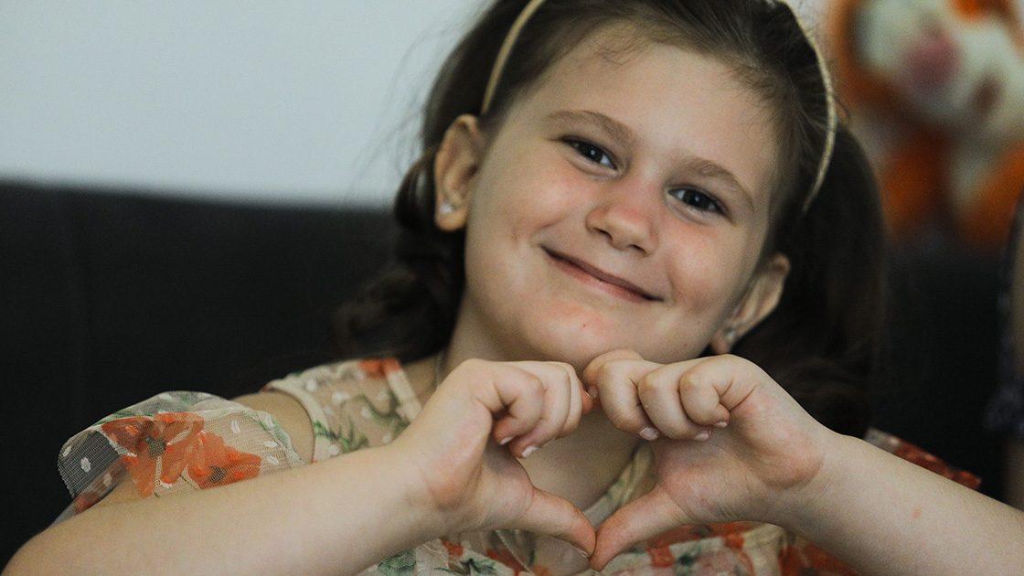 Hrabra šestogodišnja djevojčica Ajna pobijedila leukemiju