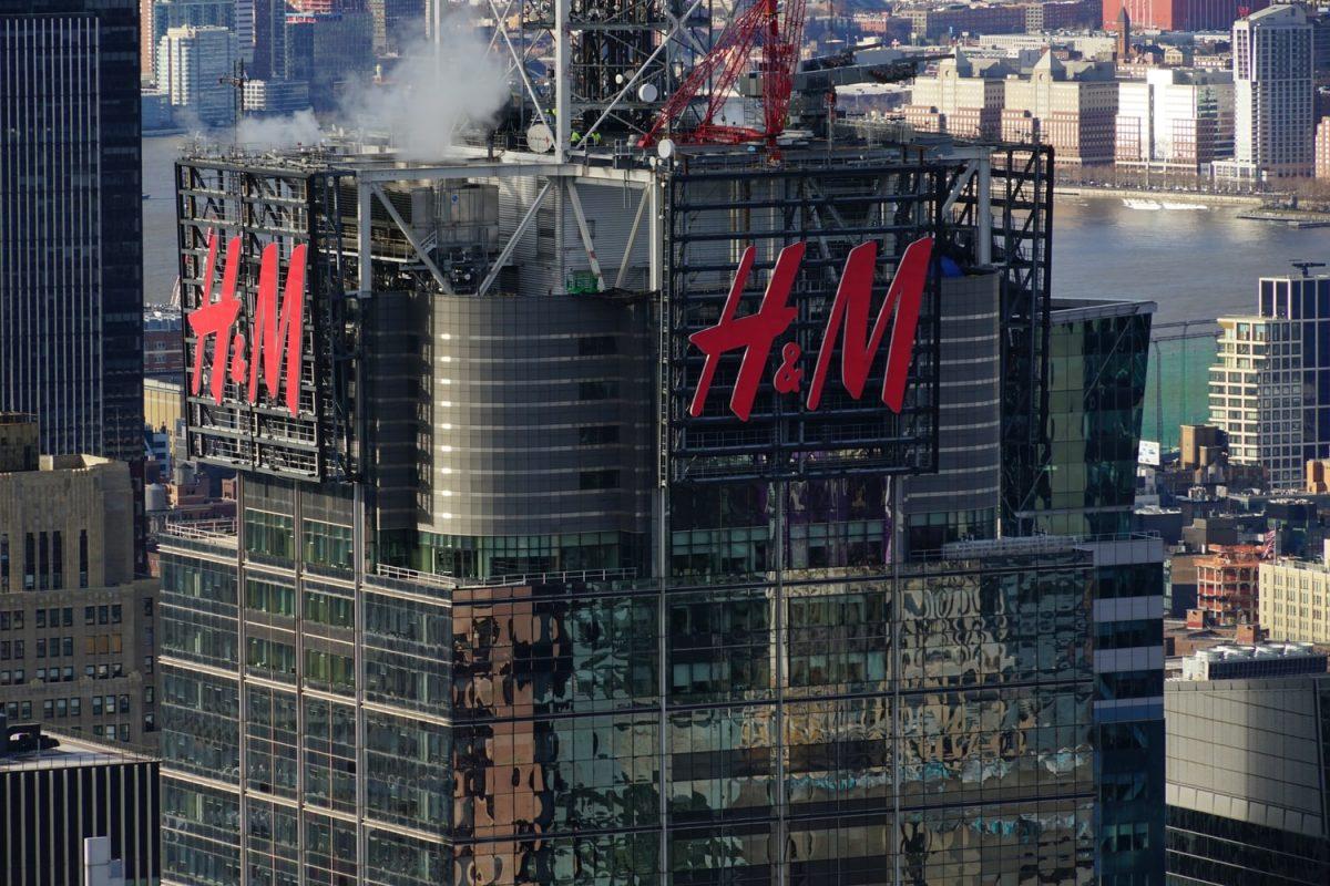 H&M u Njemačkoj kažnjen sa 35 miliona eura zbog praćenja privatnog života radnika