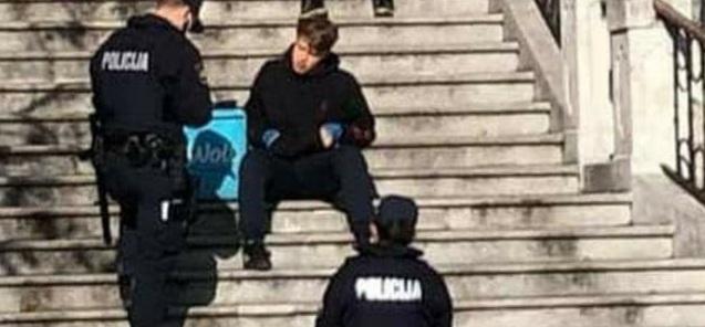 Slovenska policija kaznila mladića jer je jeo burek bez maske?! Buregdžinica: 'Mi ćemo platiti'