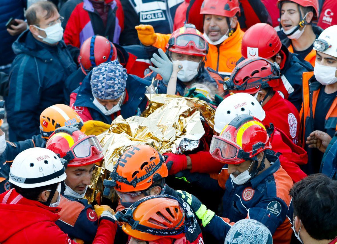 Trogodišnja djevojčica spašena iz ruševina tri dana nakon zemljotresa