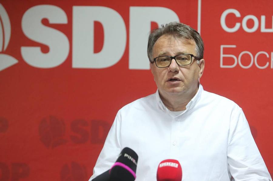 """Firma za iznajmljivanje dizalica """"savjetovala"""" SDP, sporni računi od 200.000 KM"""