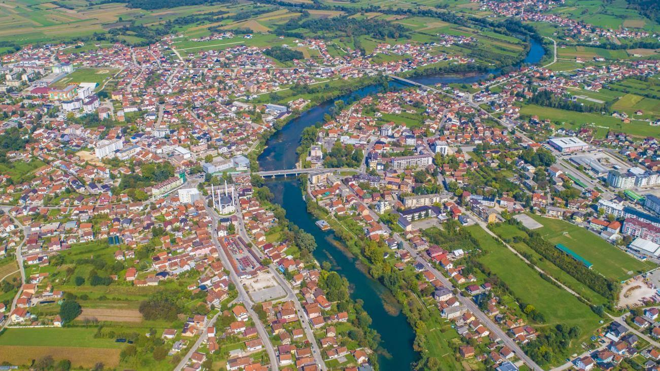 Nevjerovatna prirodna bogatstva – pogledajte Sanski Most iz zraka