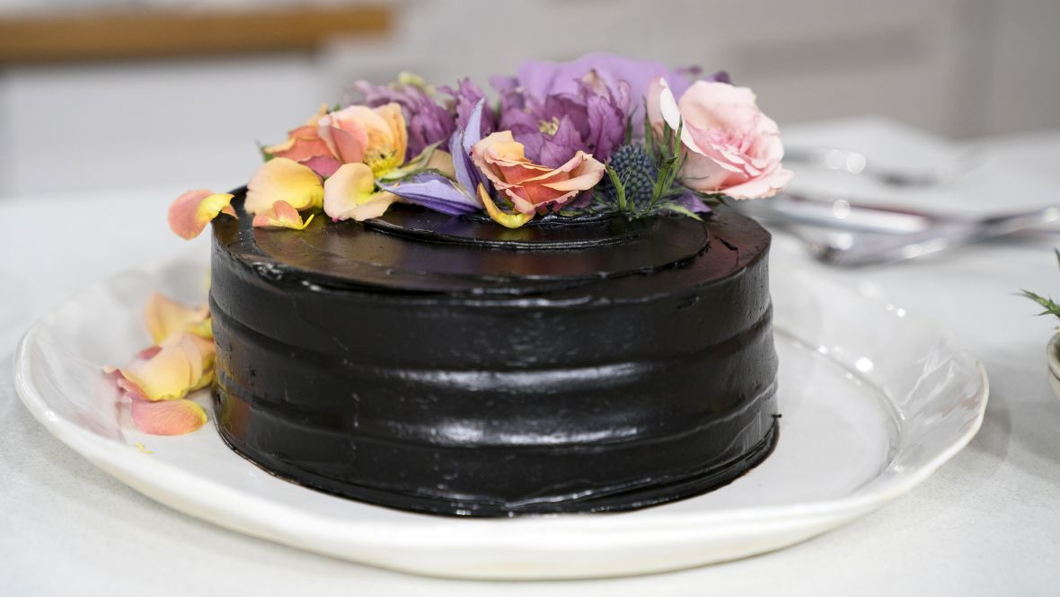 Ukoliko volite čokoladu, recept za ovaj kolač morate da probate