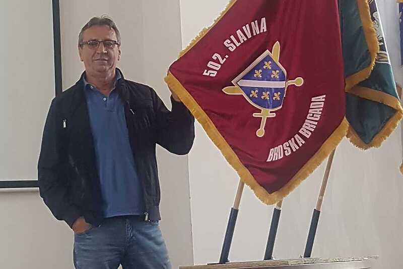 Abdić odgovorio premijeru USK: 1991. sam obukao uniformu i pokazao na čijoj sam strani