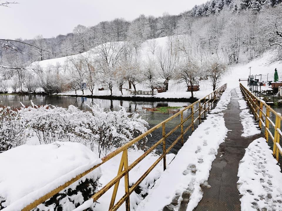 Zimska idila na vrelu Zdene FOTO
