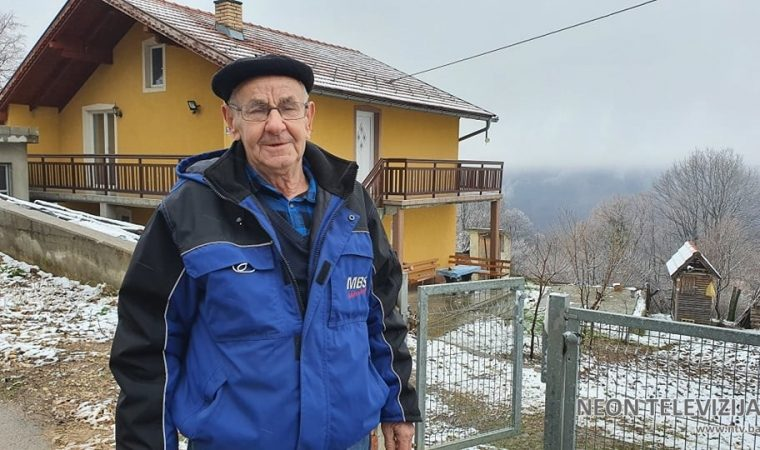 Husein Bećirbašić zbog koronavirusa nije mogao obaviti hadž, novac uložio u uličnu rasvjetu