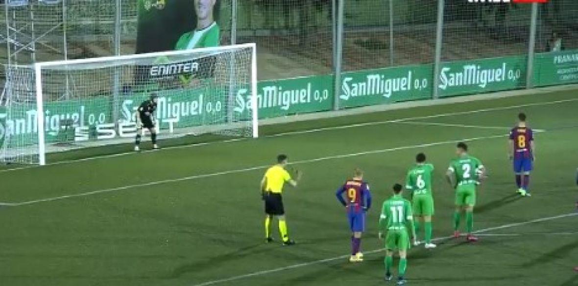 Miralem Pjanić promašio penal, golman odlično intervenisao