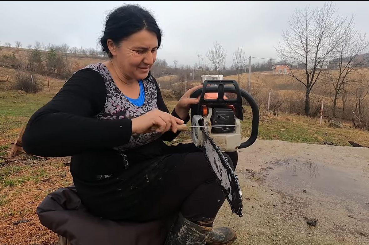 Suze radosnice mame koja motorkom zarađuje za djecu: Kupila ovce, kombi..