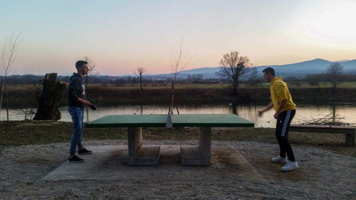 Ping pong na obalama Sane