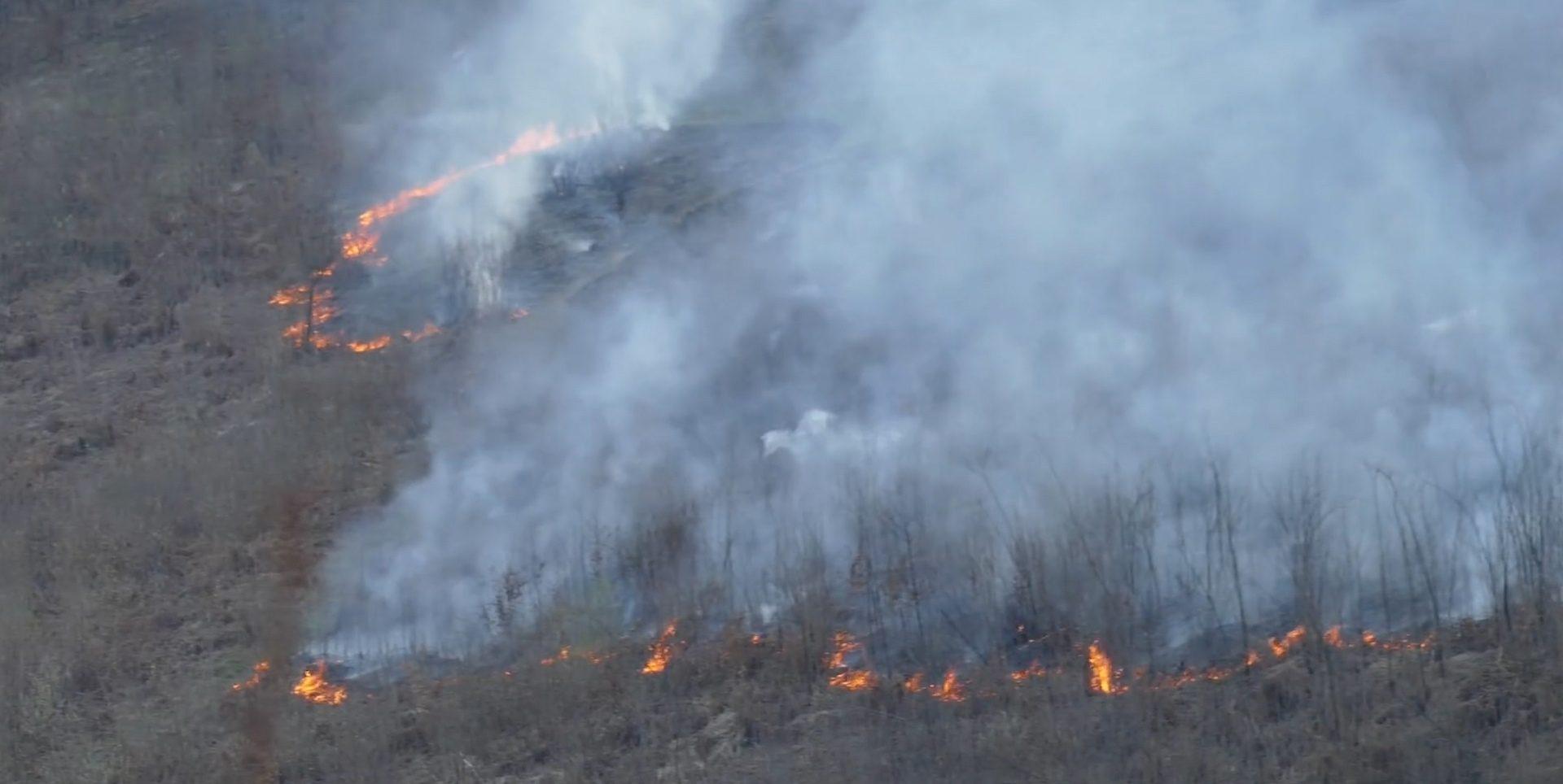 Četrdesetak intervencija u Sanskom Mostu zbog požara