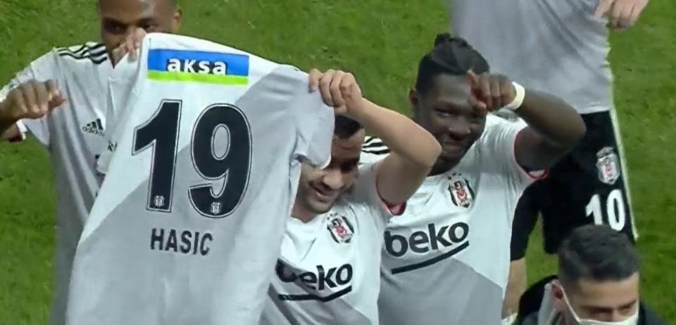 U Turskoj svi dijele posvetu fudbalera Bešiktaša povrijeđenom Ajdinu Hasiću