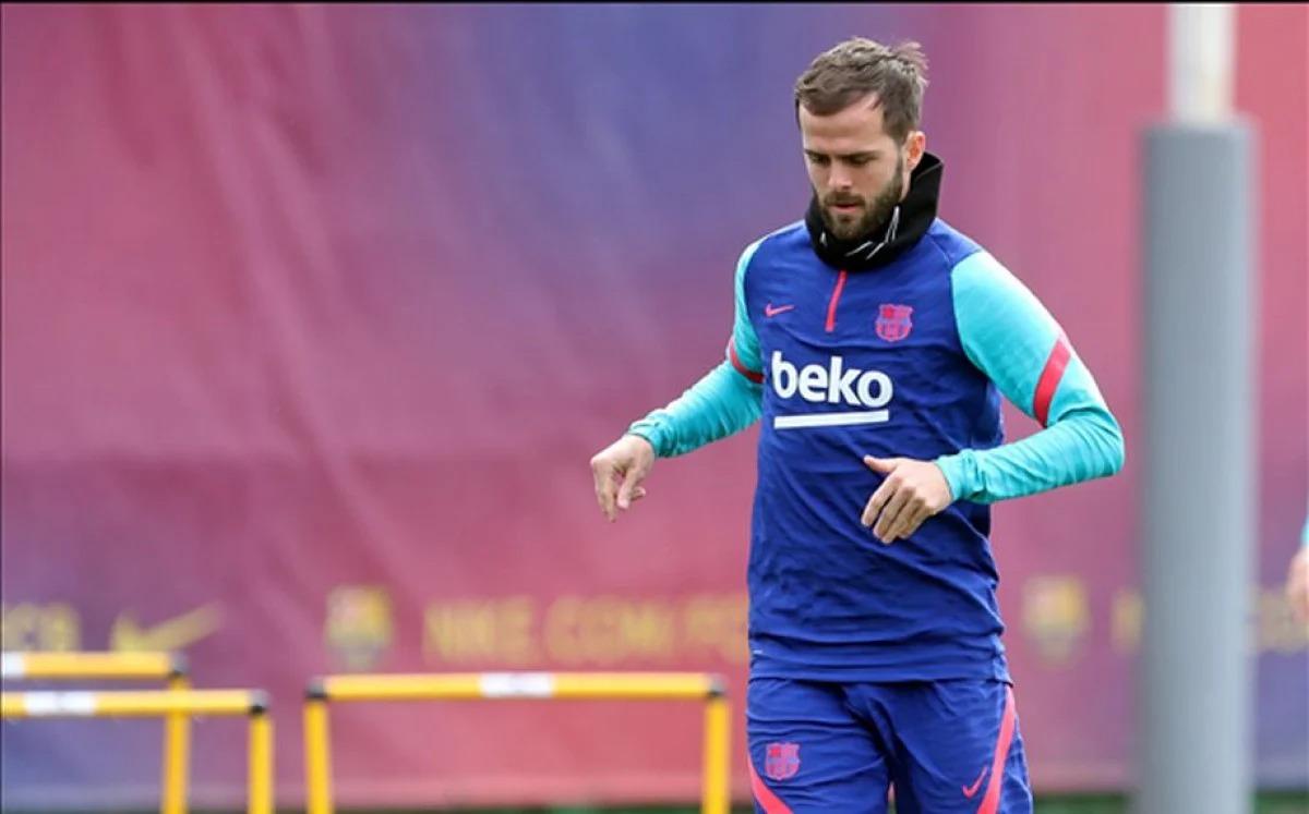 Pjanić bi se mogao vratiti u Juventus u razmjeni za Bentancura