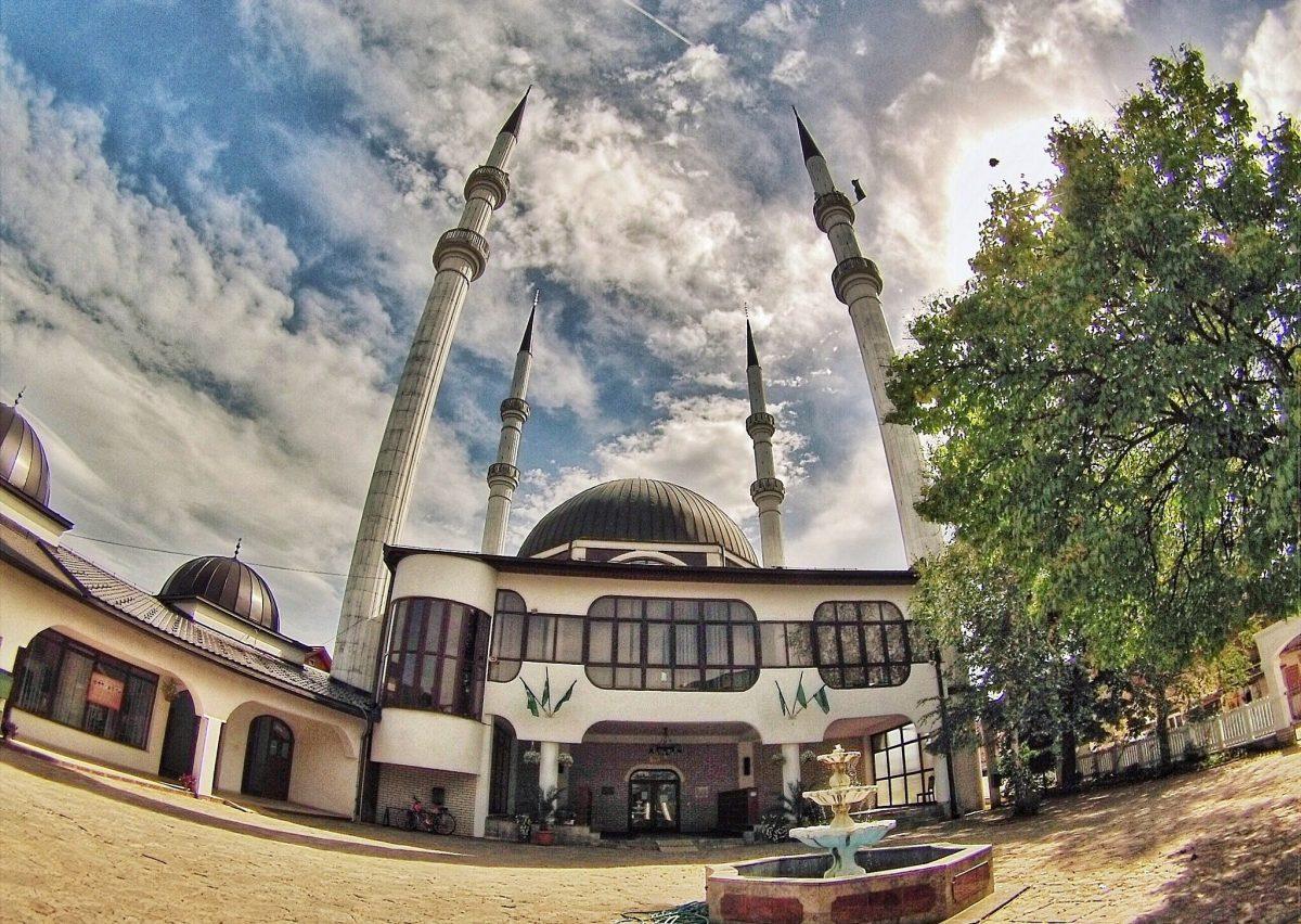 Jedinstvena: Hamzi-begova džamija u Sanskom Mostu s četiri minareta