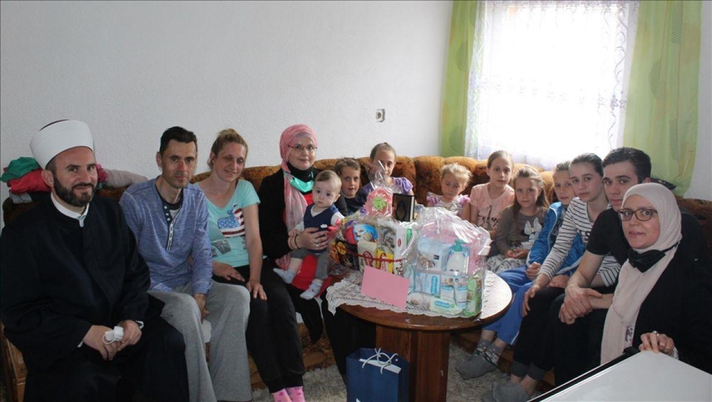 Porodica Hamidović dobila 9. dijete, malu Erminu darovao reis Kavazović