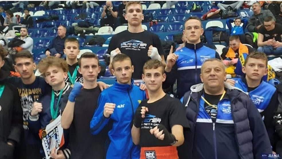 15 medalja za takmičare Galaje