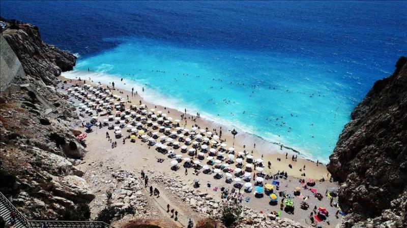 Državljani BiH mogu na odmor bez PCR testa u samo nekoliko zemalja: U mnoge ne mogu ni turistički