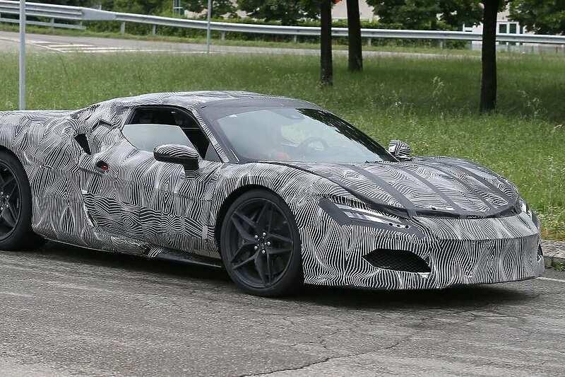 Ferrari će 24. juna predstaviti novi superautomobil